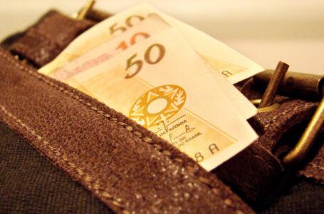 Dinheiro em caixa: o que fazer?