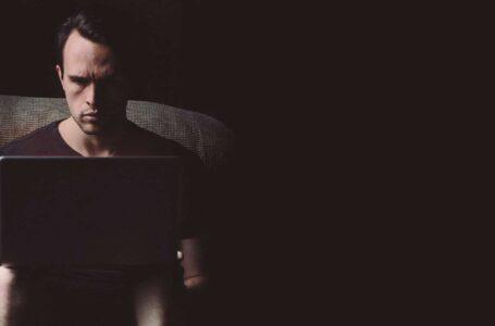 Compras on-line: como prevenir golpes e evitar vazamento de dados?